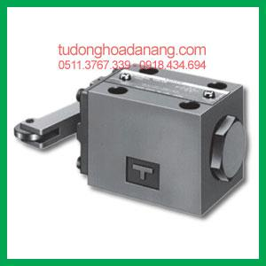 Cam Operated Directional Valve DCT-01-2B2-40