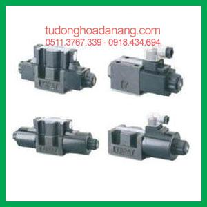 Solenoid operated directional control valves DSG
