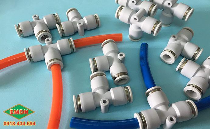 co nối ype lắp ống hơi