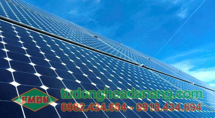 bán pin năng lượng mặt trời